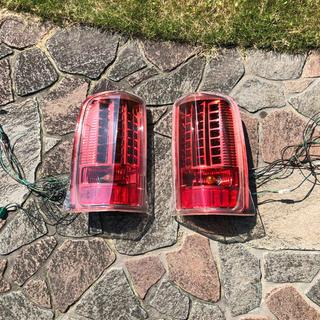 キャデラック(Cadillac)のキャデラック エスカレード 社外LEDテール(車種別パーツ)