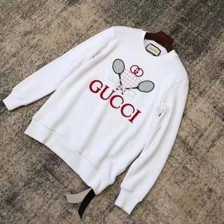 グッチ(Gucci)の【GUCCI】GUCCIテニス刺繍オーバーサイズスエット(トレーナー/スウェット)