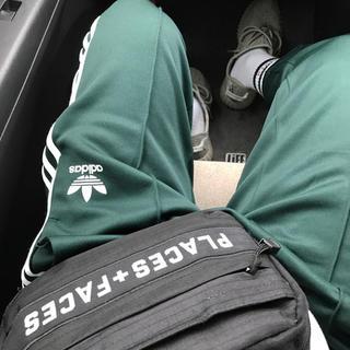 アディダス(adidas)のadidas クロップドパンツ dark green(その他)