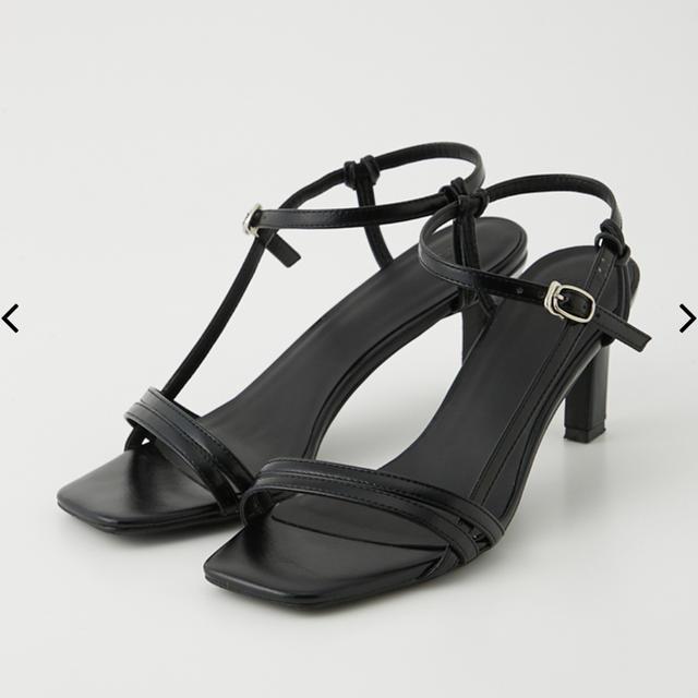 SLY(スライ)のTHIN STRAP SANDAL レディースの靴/シューズ(サンダル)の商品写真