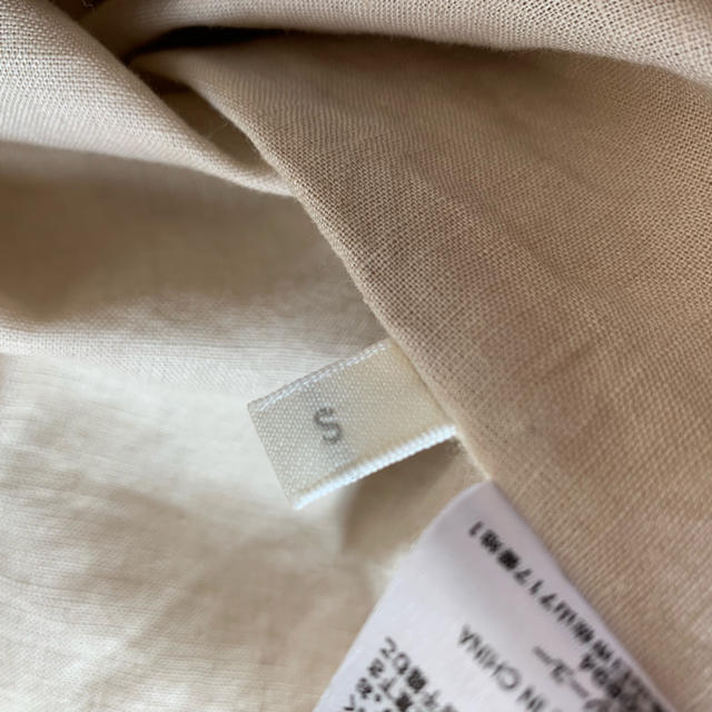 GU(ジーユー)のGU リネンブレンドフロントボタンブラウス レディースのトップス(シャツ/ブラウス(半袖/袖なし))の商品写真
