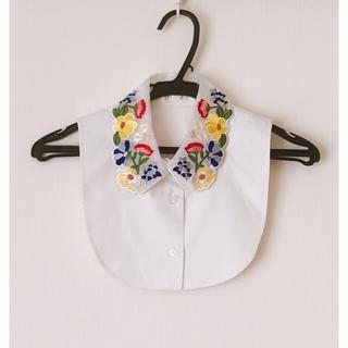 チェスティ(Chesty)の新品未使用 チェスティ フラワー刺繍の付け襟(つけ襟)