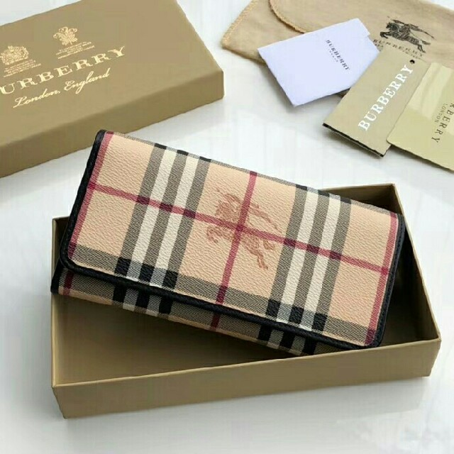 ヴィトン バッグ 種類 一覧 偽物 - BURBERRY - 新品 BURBERRY バーバリー  長財布 の通販 by rinertyer's shop|バーバリーならラクマ
