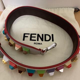 フェンディ(FENDI)のFENDI ストラップ美品(ショルダーバッグ)