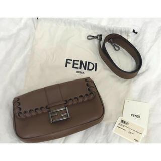 フェンディ(FENDI)のFENDI バゲット クラッチ&ショルダーバッグ(クラッチバッグ)