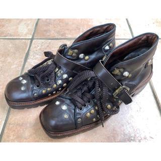 ミュウミュウ(miumiu)の【希少】miumiu ミュウミュウ レザー スタッズブーツ 24㎝/スタッズ靴(ブーツ)