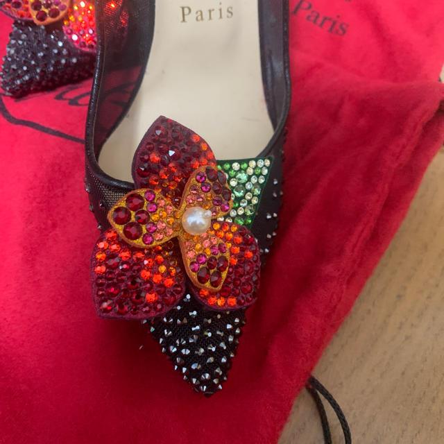 Christian Louboutin(クリスチャンルブタン)のクリスチャンルブタン ビジュー付きピンヒール レディースの靴/シューズ(ハイヒール/パンプス)の商品写真