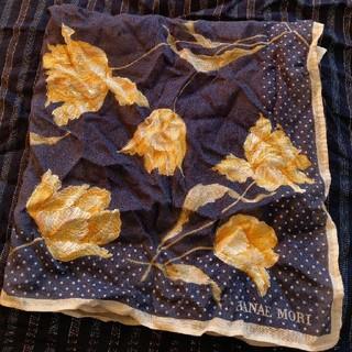 ハナエモリ(HANAE MORI)のハナエモリ ハンカチ 花柄 フラワー 黄色 イエロー 青 ブルー ネイビー(ハンカチ)