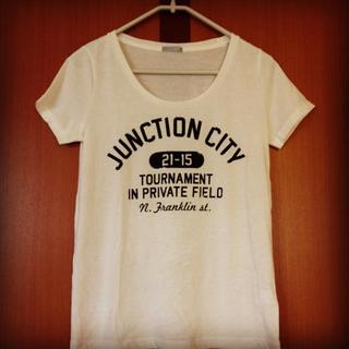 ジーユー(GU)のg.u.*白Tシャツ(Tシャツ(半袖/袖なし))