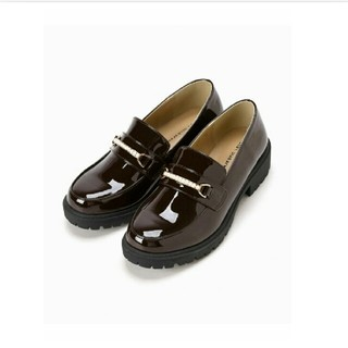 マジェスティックレゴン(MAJESTIC LEGON)のMAJESTIC LEGON  パールパーツシューズ(サイズS)カラー:ブラウン(ローファー/革靴)