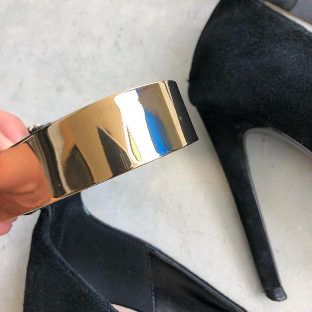 ZARA(ザラ)のZARA ゴールドストラップ ハイヒール レディースの靴/シューズ(ハイヒール/パンプス)の商品写真