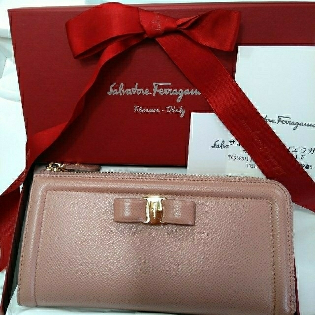 Ferragamo - 最終価格新品8万Salvatore Ferragamo長財布の通販 by ゆうショップ|フェラガモならラクマ