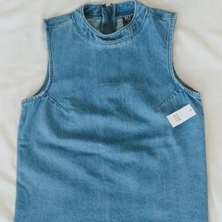 ギャップ(GAP)のGAP  トップス ノースリーブ(シャツ/ブラウス(半袖/袖なし))