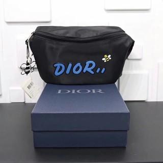 ディオール(Dior)の超人気 ウエストポーチ DIOR KAWS(ボディバッグ/ウエストポーチ)