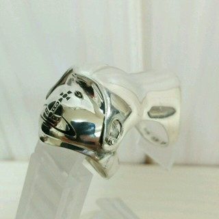 ヴィヴィアンウエストウッド(Vivienne Westwood)の研磨済 ヴィヴィアン ナックルリング(リング(指輪))