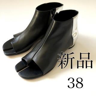 マルタンマルジェラ(Maison Martin Margiela)の新品./38 メゾン マルタン マルジェラ 足袋 タビ ブーツ サンダル(ブーツ)