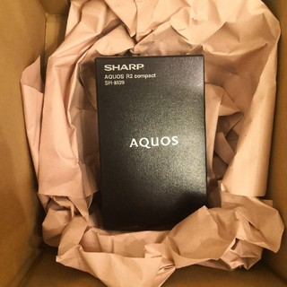 アクオス(AQUOS)の新品未開封AQUOS R2 compact SH-M09(スマートフォン本体)