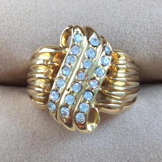 (35)ビジューとゴールドのボリュームリング  アンティーク(リング(指輪))