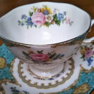 ロイヤルアルバート(ROYAL ALBERT)の【amy0202様】専用ロイヤルアルバートコーヒーカップ(食器)