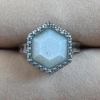 (42)六角形のラメホワイト ファッションリング(リング(指輪))