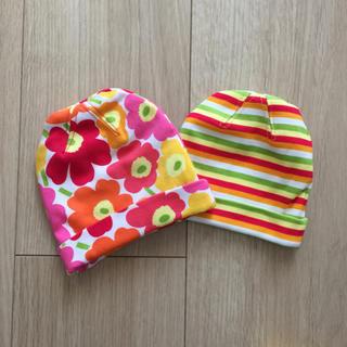 マリメッコ(marimekko)のマリメッコ  新生児 帽子 キャップ 新品 2枚組 ウニッコ(帽子)