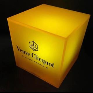 ドンペリニヨン(Dom Pérignon)の⭕️veuve clicquot  ライト ヴーヴクリコ ライト 電池付  (シャンパン/スパークリングワイン)