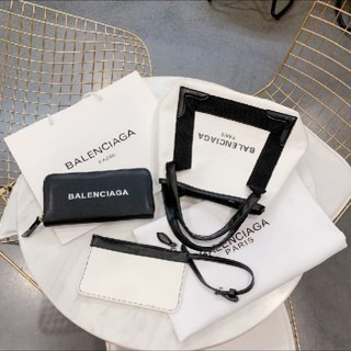 バレンシアガ(Balenciaga)のbalenciagaショップ袋と財布セット(ショップ袋)