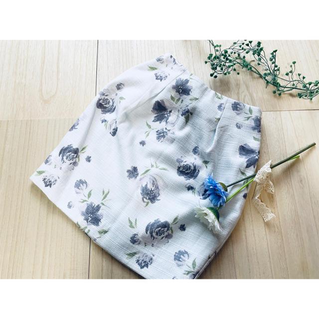 MERCURYDUO(マーキュリーデュオ)のMERCURYDUO ♡ 花柄スカート レディースのスカート(ミニスカート)の商品写真