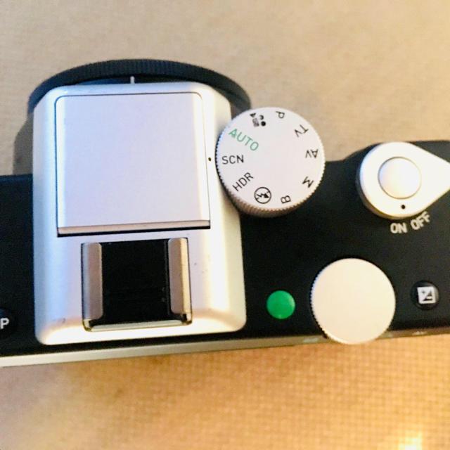 PENTAX(ペンタックス)の[期間限定値下げ中」PENTAX K-01 レンズセットplusおまけ多数 スマホ/家電/カメラのカメラ(ミラーレス一眼)の商品写真