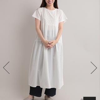 メルロー(merlot)のfillil   胸刺繍ティアードワンピース  新品未使用(ロングワンピース/マキシワンピース)