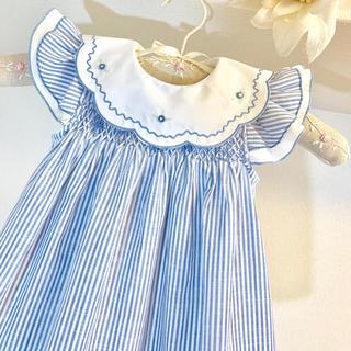 清楚 刺繍 白襟 フリル袖 ストライプ入り スモッキング ワンピースライトブルー(ワンピース)