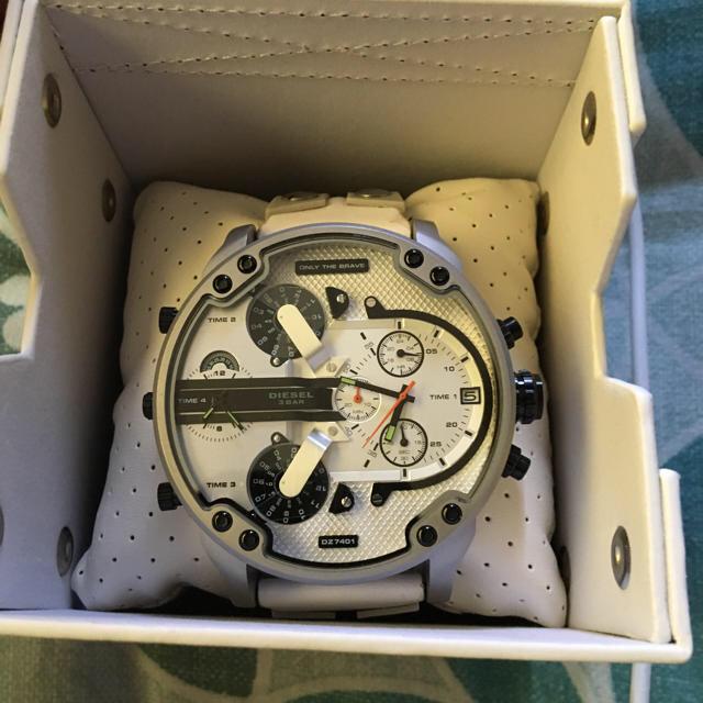 ブランド 偽物 専門店 、 DIESEL - ディーゼル 腕時計 新作 新品未使用品 diesel メンズ 正規 クロノグラフの通販 by naoto0402's shop|ディーゼルならラクマ