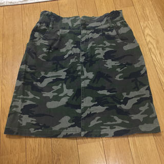 シマムラ(しまむら)の迷彩柄タイトスカート(ひざ丈スカート)