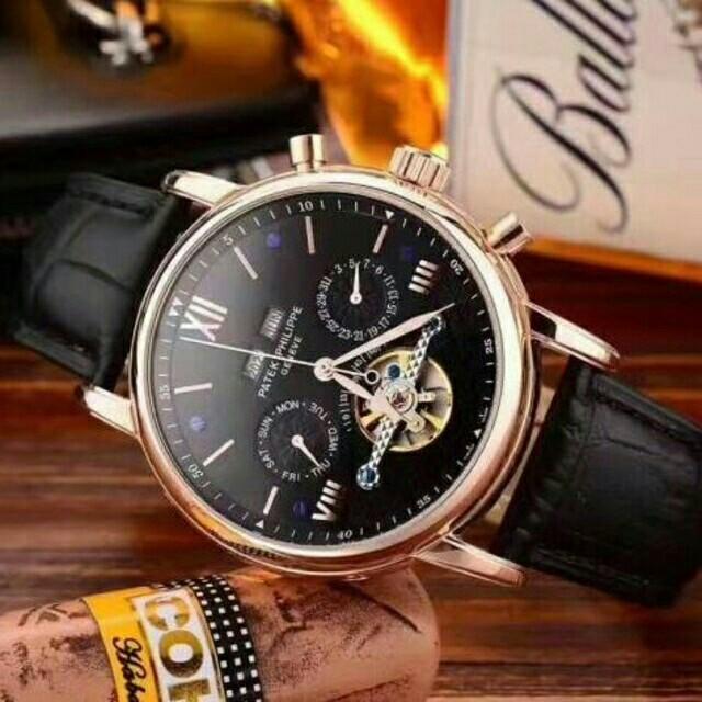 ジャガールクルト コピー 届く | PATEK PHILIPPE - 自動巻き腕時計 パテックフィリップ 男性用 メンズウォッチ革ベルト 黒文字盤 の通販 by er4654's shop|パテックフィリップならラクマ