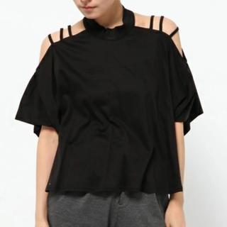 マメ(mame)のmame ショルダーストラップTシャツ(Tシャツ(半袖/袖なし))