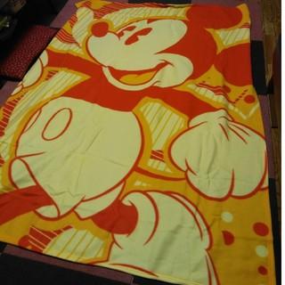 ミッキーマウス(ミッキーマウス)の毛布 ビッグサイズ ミッキーマウス 特大 フリース 新品 ミッキー ブランケット(おくるみ/ブランケット)