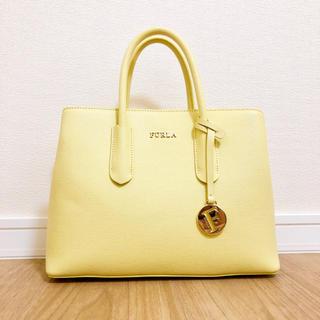 フルラ(Furla)のFURLA フルラ TESSA S TOTE テッサ エス イエロー 黄色(ハンドバッグ)