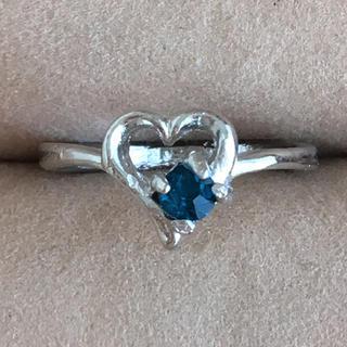 (65)サファイアカラーの一粒ビジューとハートモチーフリング シルバー(リング(指輪))