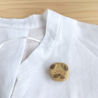 パグ犬 ブローチ(コサージュ/ブローチ)