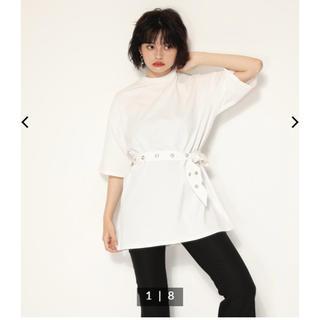 スライ(SLY)の LAGUAGEM☆HOLE BELT T-SHIRT OP(Tシャツ(半袖/袖なし))