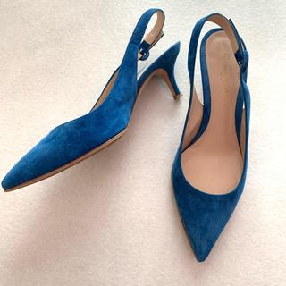ジャンヴィットロッシ(Gianvito Rossi)の美品ジャンヴィットロッジ  スエード ブルー 36ハーフ(ハイヒール/パンプス)