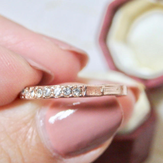 即購入OK●ラインストーンのピンクゴールドマット加工華奢リング大きいサイズ レディースのアクセサリー(リング(指輪))の商品写真