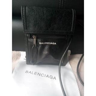 バレンシアガ(Balenciaga)の新作です大人気 のBalenciagaポーチ(ポーチ)
