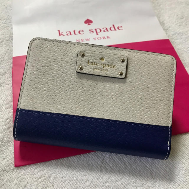 kate spade new york - ケイトスペード☆新品 二つ折り財布 白×青 ホワイト ブルー コンパクトの通販 by Reee|ケイトスペードニューヨークならラクマ