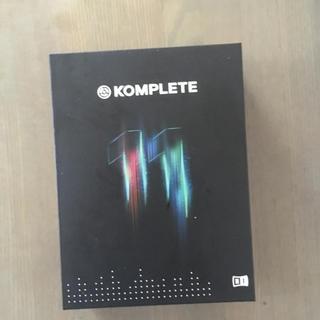 KOMPLETE11(ソフトウェア音源)