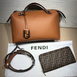 フェンディ(FENDI)のFendi フェンディ ショルダーバッグと財布 2点セット(セット/コーデ)