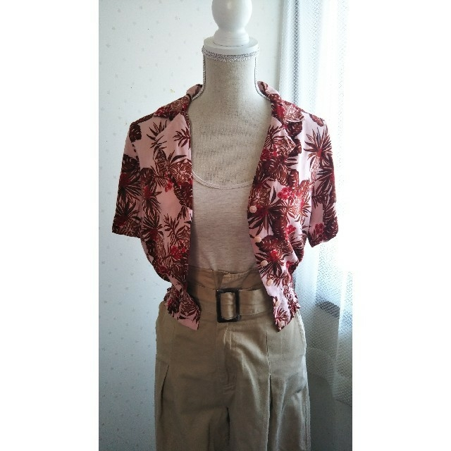 GU(ジーユー)の♡島ちゅうさま専用♡GUアロハシャツ レディースのトップス(シャツ/ブラウス(半袖/袖なし))の商品写真