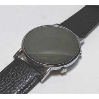 V6高級近未来デジタル 33LED メンズ WATCH新品 レザー(腕時計(デジタル))