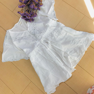 サマンサモスモス(SM2)の刺繍カットソー(カットソー(半袖/袖なし))