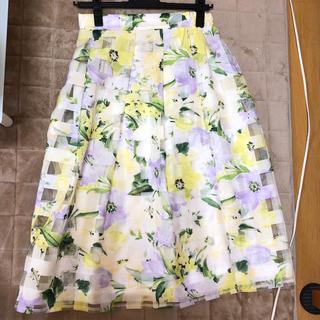 トッコ(tocco)の新品未使用❤️フラワーシアー花柄スカート(ひざ丈スカート)